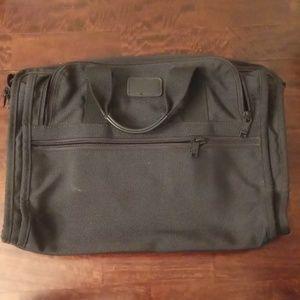 Tumi messenger bag no strap